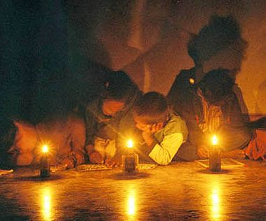nepal-education-with-candels