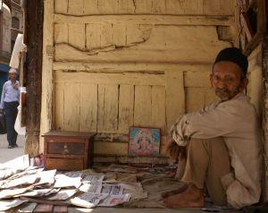 giornalaio a kathmandu