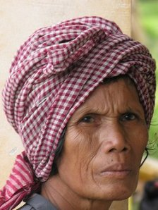 donna in cambogia
