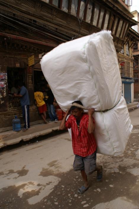 portatore nepal kathmandu