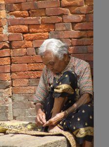 venditrice di strada, nepal