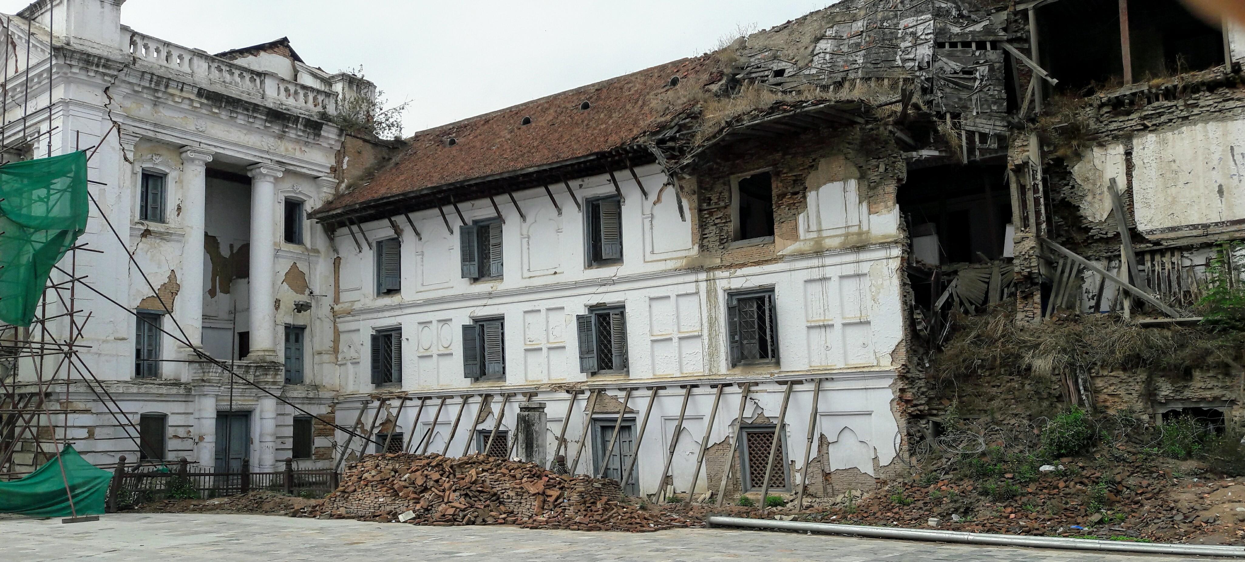 Nepal work in progress post terremoto due anni dopo for Piani casa redditizi